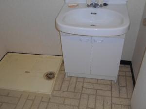 ぬくもり漂うナチュラル空間-洗面台施工前