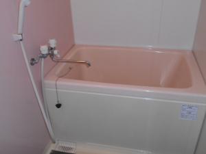 ぬくもり漂うナチュラル空間-バスルーム施工前