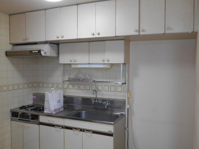 ぬくもり漂うナチュラル空間-キッチン施工前