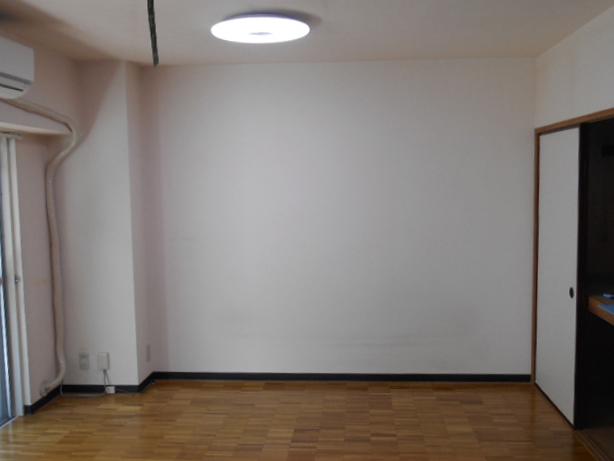 ぬくもり漂うナチュラル空間-洋室施工前