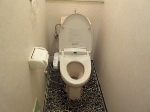 200施工前-トイレ