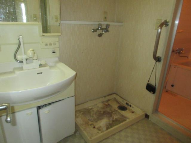 201-洗面室施工前