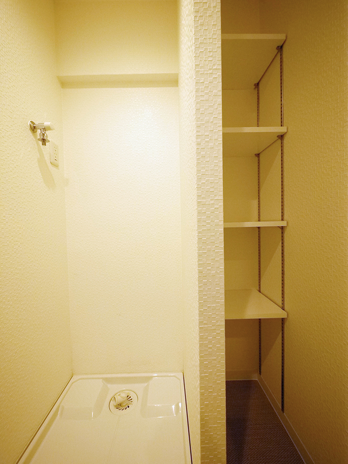 203-洗濯機置き場