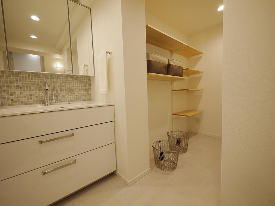 207-洗面室とユーティリティスペース