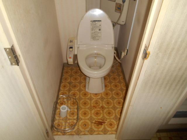 214-トイレ施工前