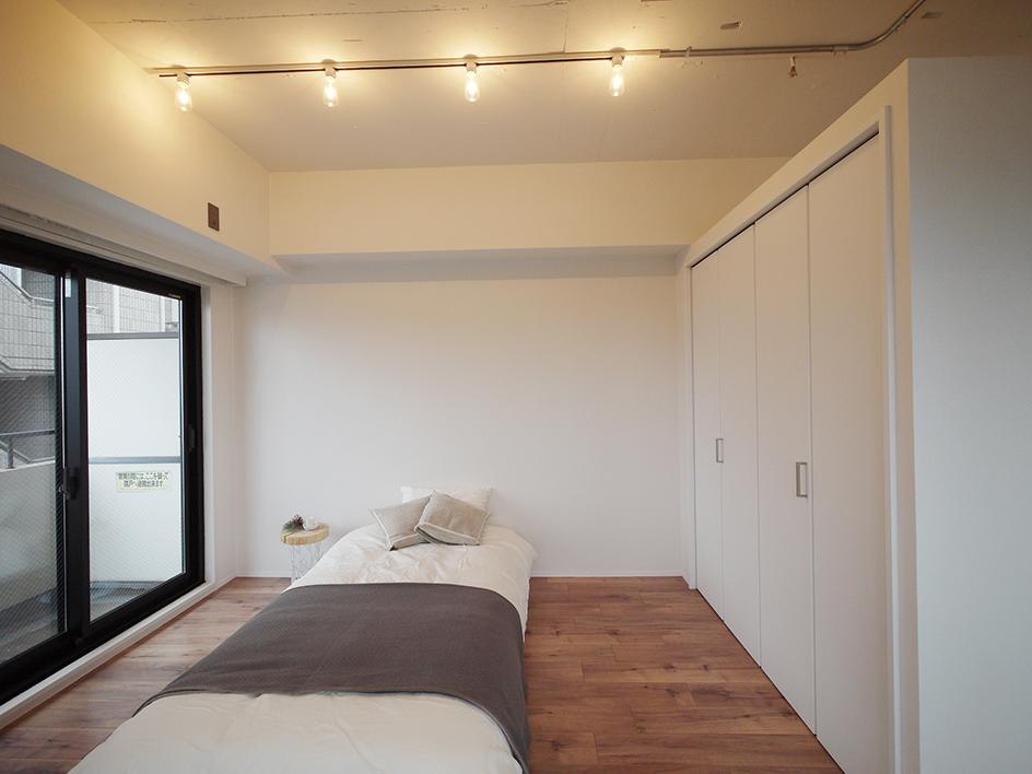 213-洋室寝室スペース