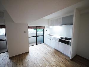 220-キッチン斜め