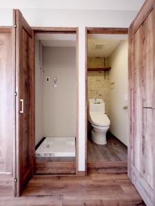 225-トイレと洗濯機置き場