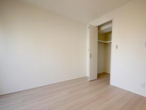 230-洋室クローゼット側