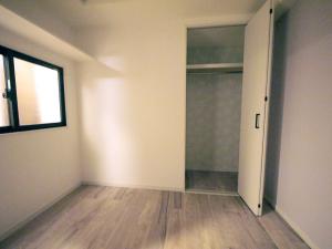 235黒森様邸-洋室2 壁