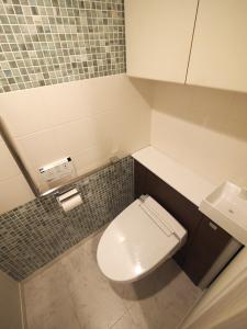 235黒森様邸-トイレの床