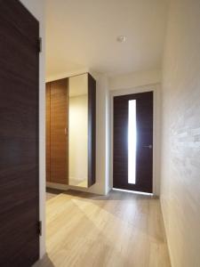 234-廊下から玄関