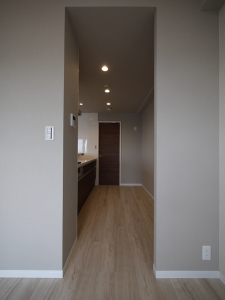 234-キッチン入口