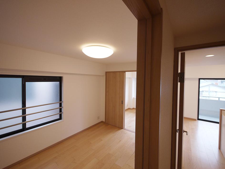 239-洋室3と廊下