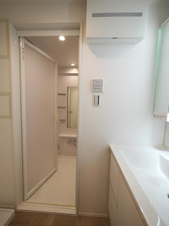 243-洗面室内